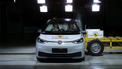 Volkswagen ID.3 fikk toppkarakter i Euro NCAPs kollisjonstest.