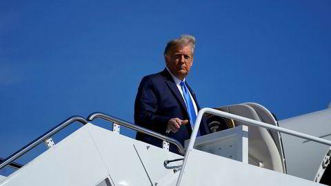 President Donald Trump på vei til et valgkampmøte i Nord-Carolina for noen dager siden. I løpet av den siste måneden har Trump ved flere anledninger unnlatt å svare på om han vil respektere resultatet av det amerikanske presidentvalget.