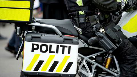 Bevæpnet politi.