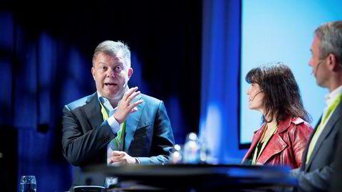 TV 2s styreformann Hans J. Carstensen forsvarer mediebedrifters rett til å undersøke hvem som lekker intern informasjon.