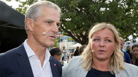 Partisekretær Kjersti Stenseng sier Ap har en klar politikk til støtte for EØS-avtalen. Også partileder Jonas Gahr Støre slår ring om avtalen.