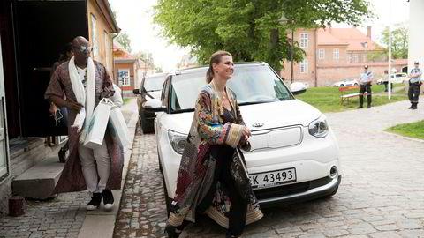 Durek Verrett beklager. Her med kjæresten prinsesse Märtha Louise i gamlebyen i Fredrikstad i sommer.