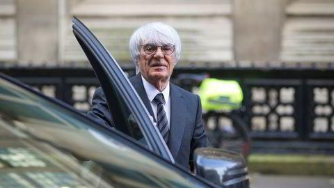 Formel 1-sjef Bernie Ecclestone (86) trekker seg.