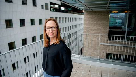 Sjeføkonom Kjersti Haugland DNB Markets sier sparingen er rekordhøy.