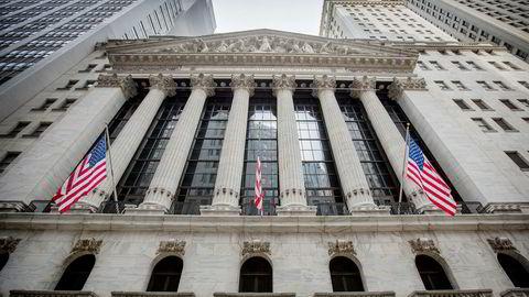 Wall Street faller fra start