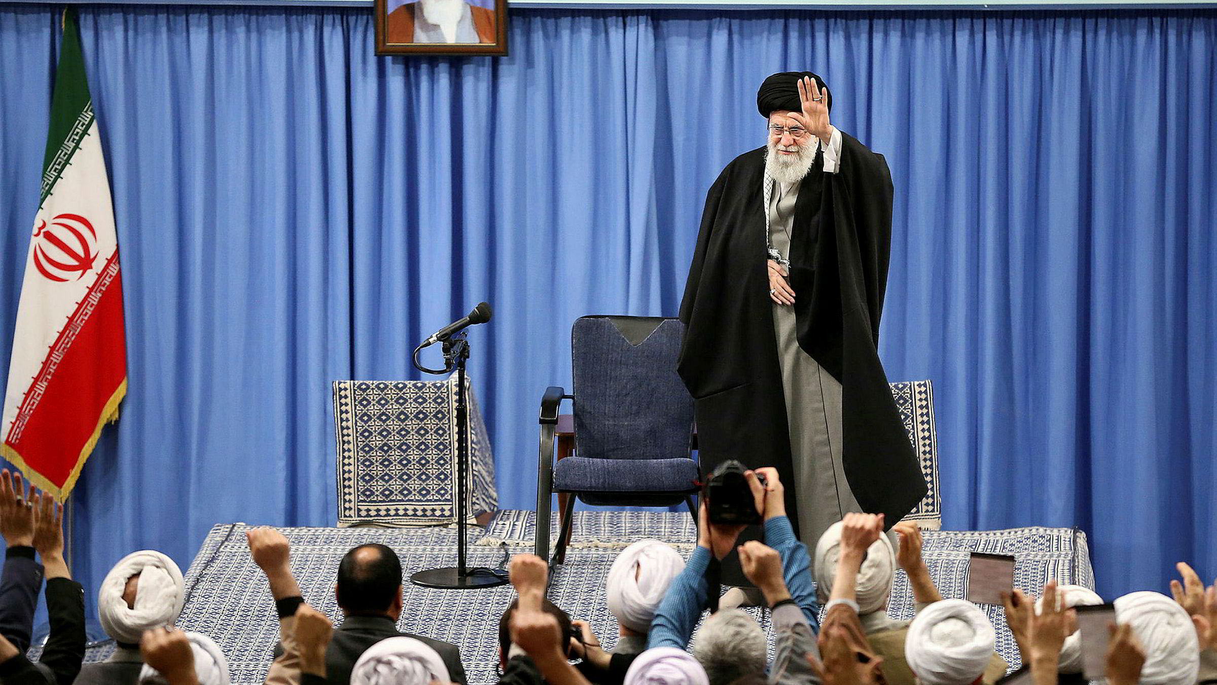 Irans øverste leder Ali Khamenei taler i Irans hovedstad Teheran.