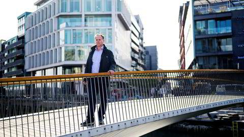 Meglerhuset Pareto Securities har varslet selskapets tidligere stjernemegler Kjetil Sjursen om søksmål.