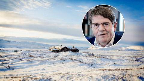 – Jeg har prøvd å etterleve min bestefars ønske, men har altså ikke lykkes med det, sier forvalter Jan Petter Sissener etter å ha tapt en arvestrid i alle rettsinstanser. Jaktslottet Rundhovda på Hardangervidda er ett av byggene Sissener mente han hadde forkjøpsrett til.
