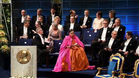 Den tidligere faste sekretæren i Svenska Akademien, Sara Danius (i midten), fotografert på sin siste Nobelprisutdeling, i 2018.