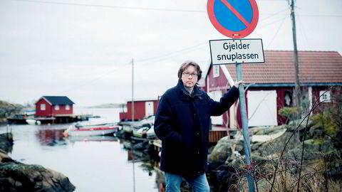 Lakselusforskeren Baard Johannessen kjempet mot oppdrettsbransjen – og tapte. Nå flytter han for godt fra Tromøya utenfor Arendal (bildet) til Thailand.