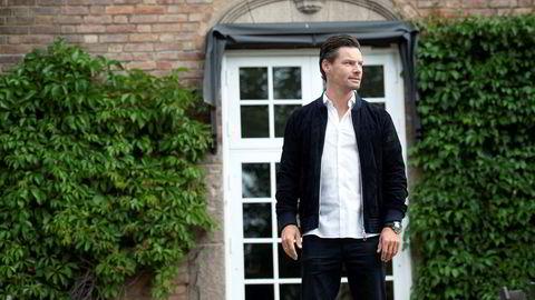 Anders Buchardt leverer rekordtall i familieselskapet AB Invest, men er forberedt på å tape over 100 millioner kroner som følge av koronakrisen.