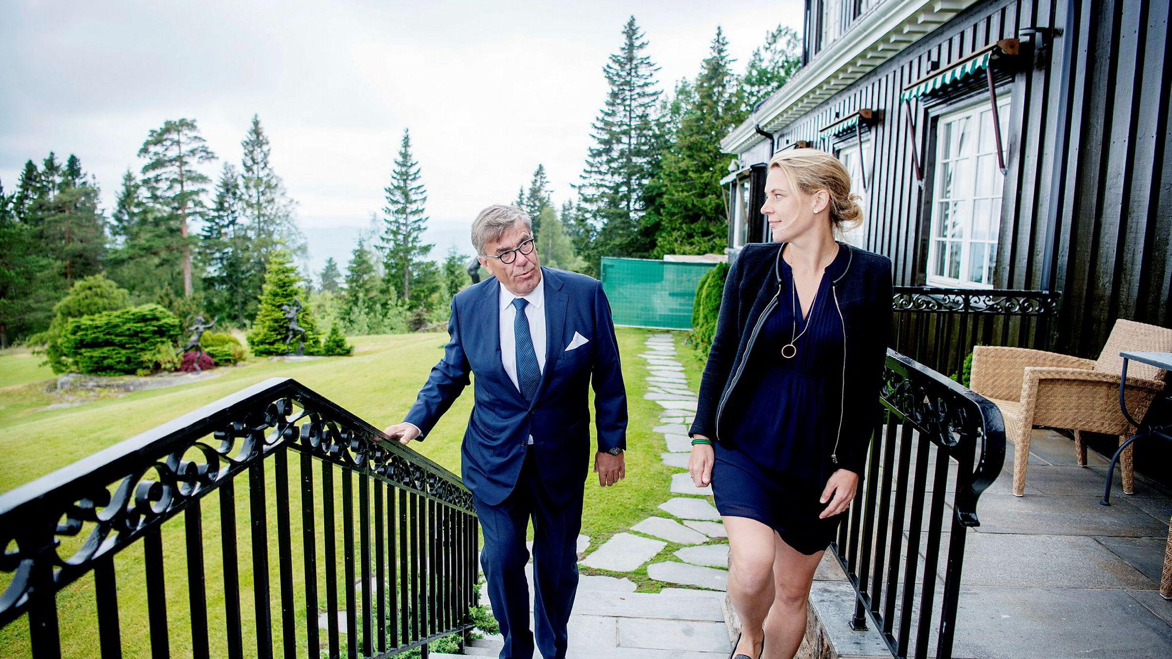 Stein Erik Hagen og datteren Caroline Hagen Kjos er blant familiemedlemmene som har god grunn til å smile etter et særdeles godt år for investeringsselskapet Canica.