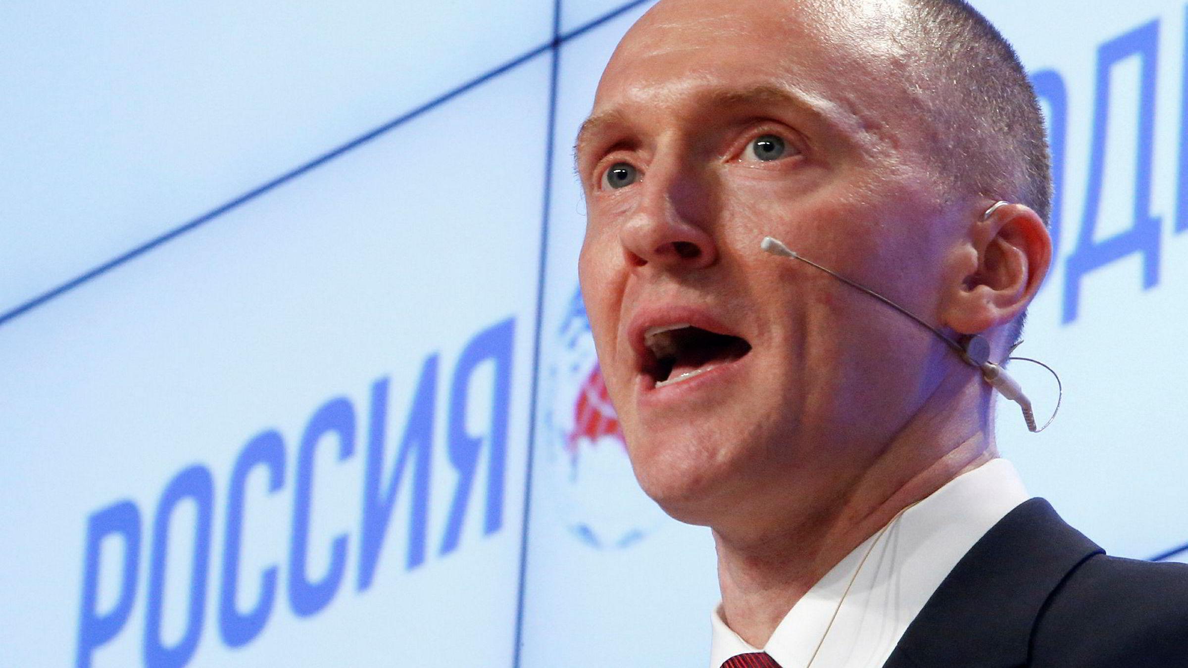 Donald Trumps valgkamprådgiver Carter Page ble overvåket av FBI. Bildet er fra en presentasjon i Moskva i 2016.