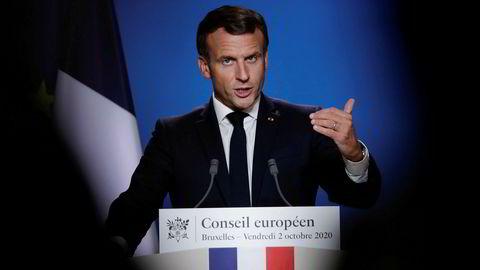 Frankrikes president Emmanuel Macron deltok på EU-toppmøtet i Brussel, som ble avsluttet natt til fredag. Etter møtet krevde han at Tyrkia må forklare hvorfor jihadister angivelig har kunnet dra fra Syria via Tyrkia til Aserbajdsjan.