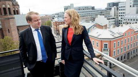 Arbeids- og sosialminister Anniken Hauglie (H) og nestleder i Stortingets arbeids- og sosialkomité Erlend Wiborg (Frp) tror Nav kan få ryddet mye for 30 millioner kroner.