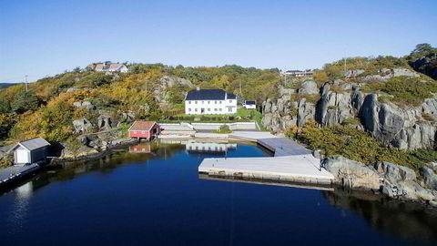 Europris-arving Dag Høilihar satt ned prisen på hytta i flere runder og har endelig solgt hytta ved Blindleia i Lillesand.