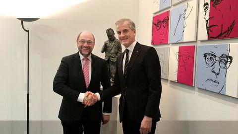 Martin Schulz, sosialdemokraten som utfordrer Angela Merkel som forbundskansler i det tyske valget, og Ap-leder Jonas Gahr Støre i Berlin.