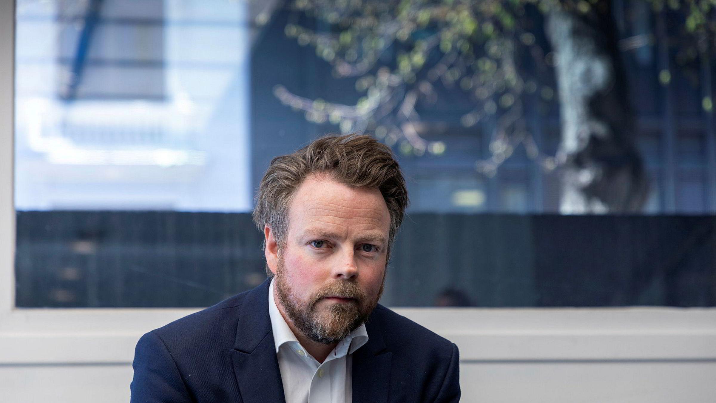 Arbeids- og sosialminister Torbjørn Røe Isaksen (H) varsler penger til å følge opp nytt regelverk for innleie i revidert nasjonalbudsjett.