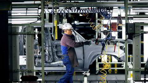 Toyota har investert nesten 22 milliarder dollar i USA i ti fabrikker, har 1500 forhandlere og sysselsetter nesten 140.000 amerikanere.