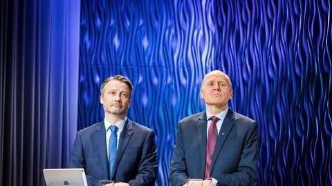Verken finansdirektør Jørgen C. Arentz Rostrup (t.v) eller konsernsjef Sigve Brekke i Telenor ville tirsdag gi noen forhåpninger om at aksjonærene kan forvente rausere utbytter som følge av milliardsalget av Telenors virksomhet i sentrale Øst-Europa.