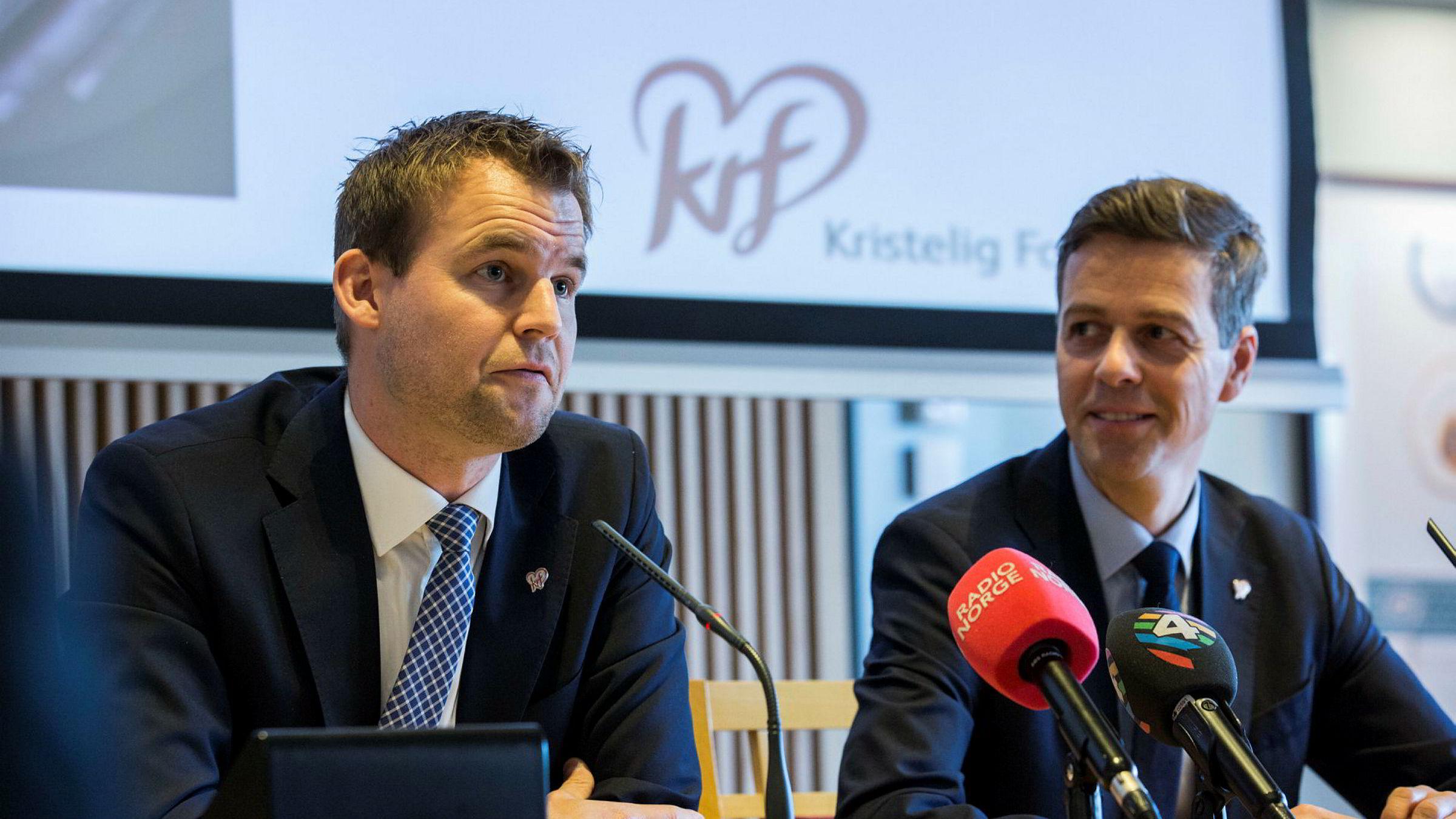 KrF-ledelsen, her ved partileder Knut Arild Hareide (t.h) og nestleder Kjell Ingolf Ropstad (t.v.), måtte tåle krass kritikk fra sine egne i en intern evaluering av det svake valgresultatet i 2017