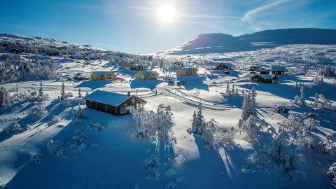 Hytteområdet Høgevarde i Flå i Hallingdal kunne i fjor skilte med høyeste pris for en typisk fjellhytte med 3,25 millioner kroner. Hytta i forgrunnen på 111 kvadratmeter er til salgs med en prisantydning på 4,29 millioner kroner.