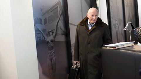 Eiendomsinvestor Christian Ringnes peker mot Danmark som har innført en krisepakke for næringsdrivende som koster over 20 milliarder kroner i måneden.