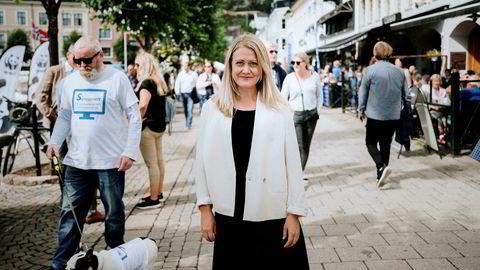 Astrid Bergmål, Leder i Virke Reise, har store forventninger til regjeringens krisepakke for reiselivet som presenteres tirsdag formiddag. Her fra Arendal 2019.