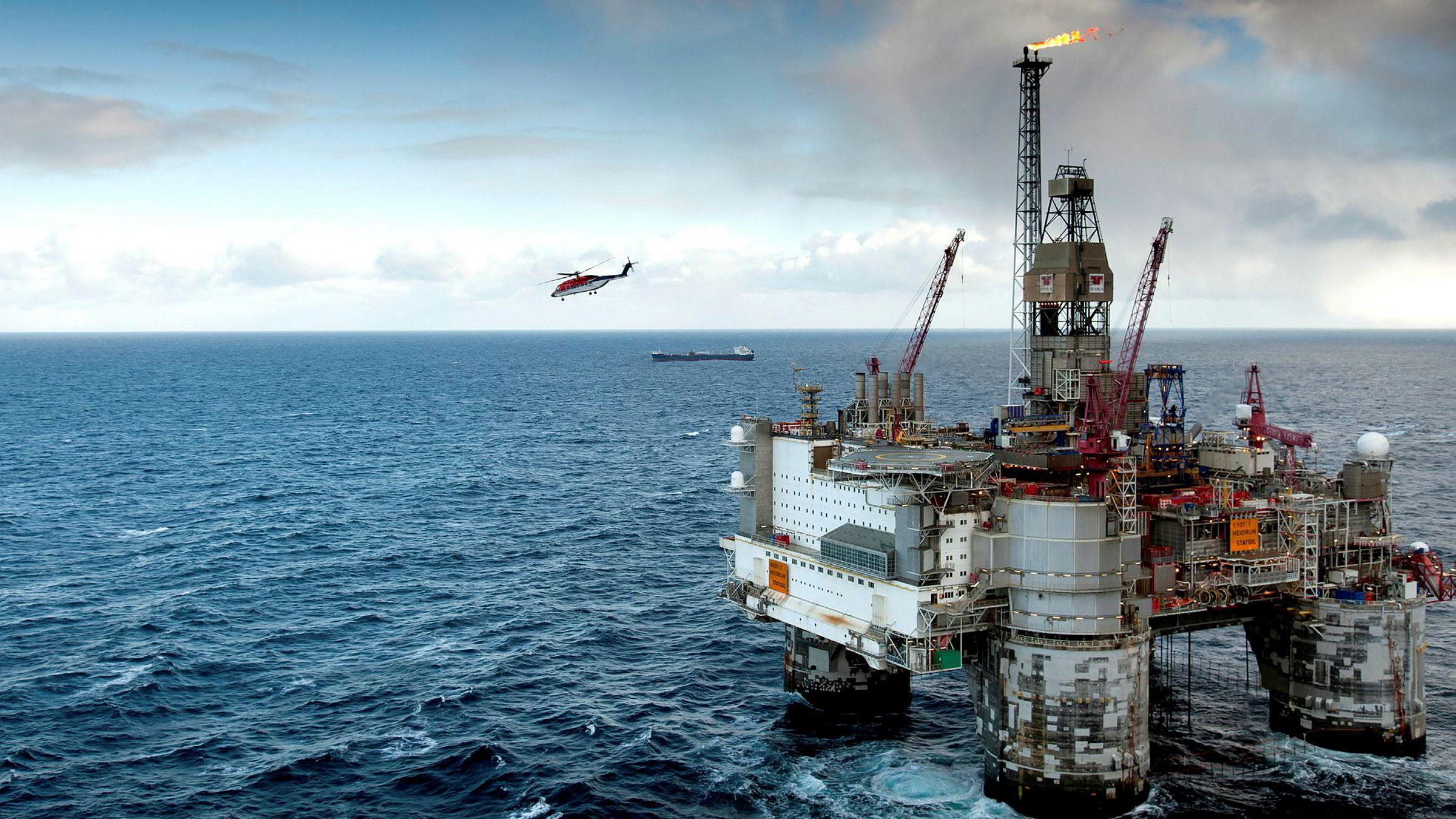 Hva skjer etter nedstengning av oljefelt? Brønnene vil være igjen og de må forsegles skikkelig før feltene stenges. Ellers risikerer vi svære fremtidige penge- og miljøkostnader. Her fra Heidrun-feltet.
