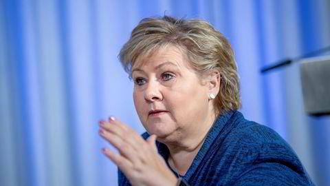 Statsminister Erna Solberg vil ta kritikk av Tangen-ansettelsen til etterretning.