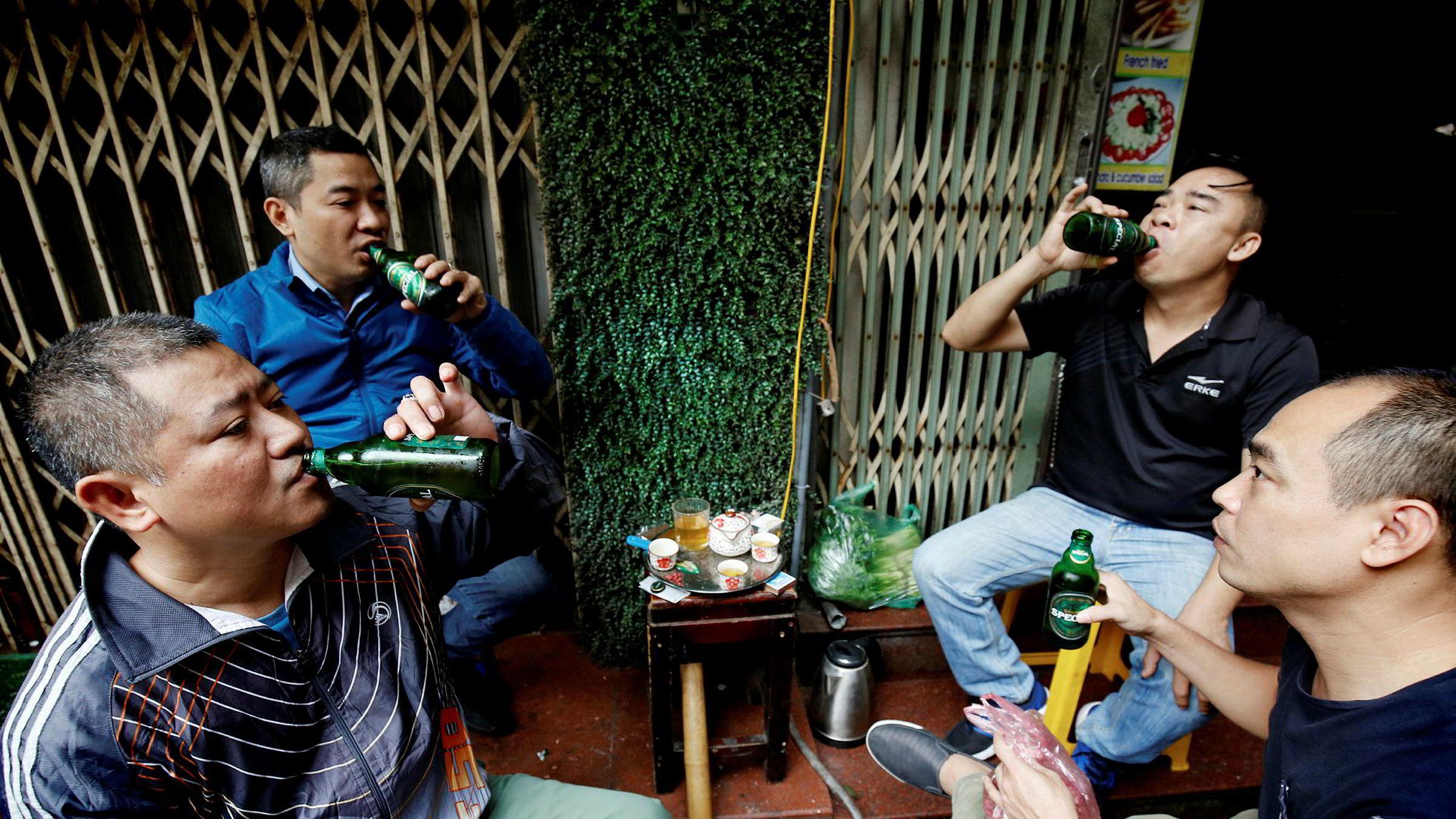 Thailenderen Charoen Sirivadhanabhakdi er blitt landets nest rikeste. Denne uken betalte han over 40 milliarder kroner for sikre seg en majoritetspost i Vietnams største ølbryggeri, som blant annet står bak Saigon Beer.