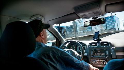 Taxiforbundet fikk pr-firmaet Aabø & Co til å samle inn informasjon om Ubers sjåfører. Nå refser Datatilsynet tiltaket siden det ble gjennomført intervjuer med sjåførene uten at de fikk vite hva opplysningene skulle brukes til.