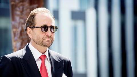 Kjell Inge Røkke kjøper oljeselskapet i Ghana for 100 millioner dollar.