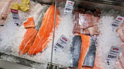 Utvalget av ferske varer som fersk fisk, ferskt kjøtt og frukt og grønt er vesentlig større i de norske butikkene.