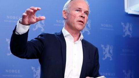 Statsråd Jan Tore Sanner mener en slankere Roek-liste viser at kommuneøkonomien er bedre enn opposisjonen har hevdet.