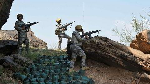 Saudiske grensevakter vokter grensen mot Jemen i al-Khobh i den sørste Jizan-provinsen.
