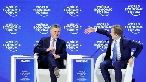 Denne uken var World Economic Forums president Børge Brende vertskap for nær 1000 stats- og konsernsjefer. Her Argentinas president Mauricio Macri og Børge Brende (fra venstre).