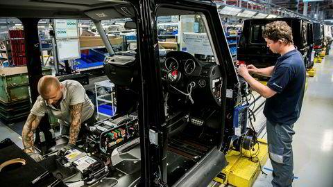 Bilprodusentene og kundene er glade i store bensinslukende biler som G-klasse Mercedes Benz.