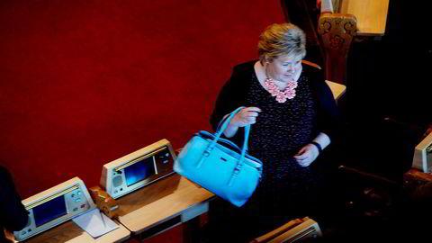 Statsminister Erna Solberg deltok i sesongens siste spørretime onsdag denne uken. Målingene viser at Høyre i mai var landets største parti for åttende måned på rad.