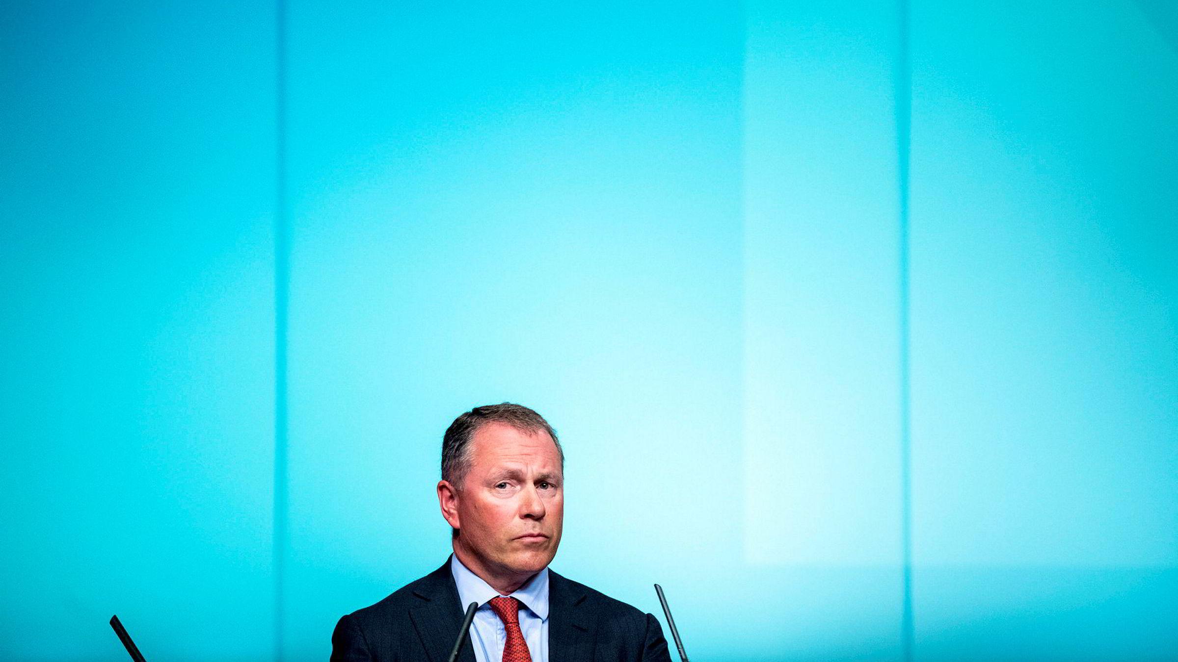 Som sjef for Nbim har Nicolai Tangen en av Norges viktigste stillinger. I snitt har hver nordmann ni ganger så mye sparepenger i Oljefondet som på privat hånd.