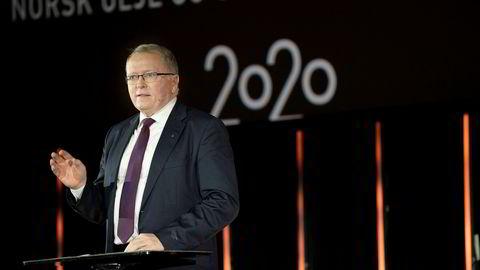 Eldar Sætre – konsernsjef Equinor bør starte planleggingen av en deling av Equinor i svart og grønt, mener analytikere i Clarkson Platou.