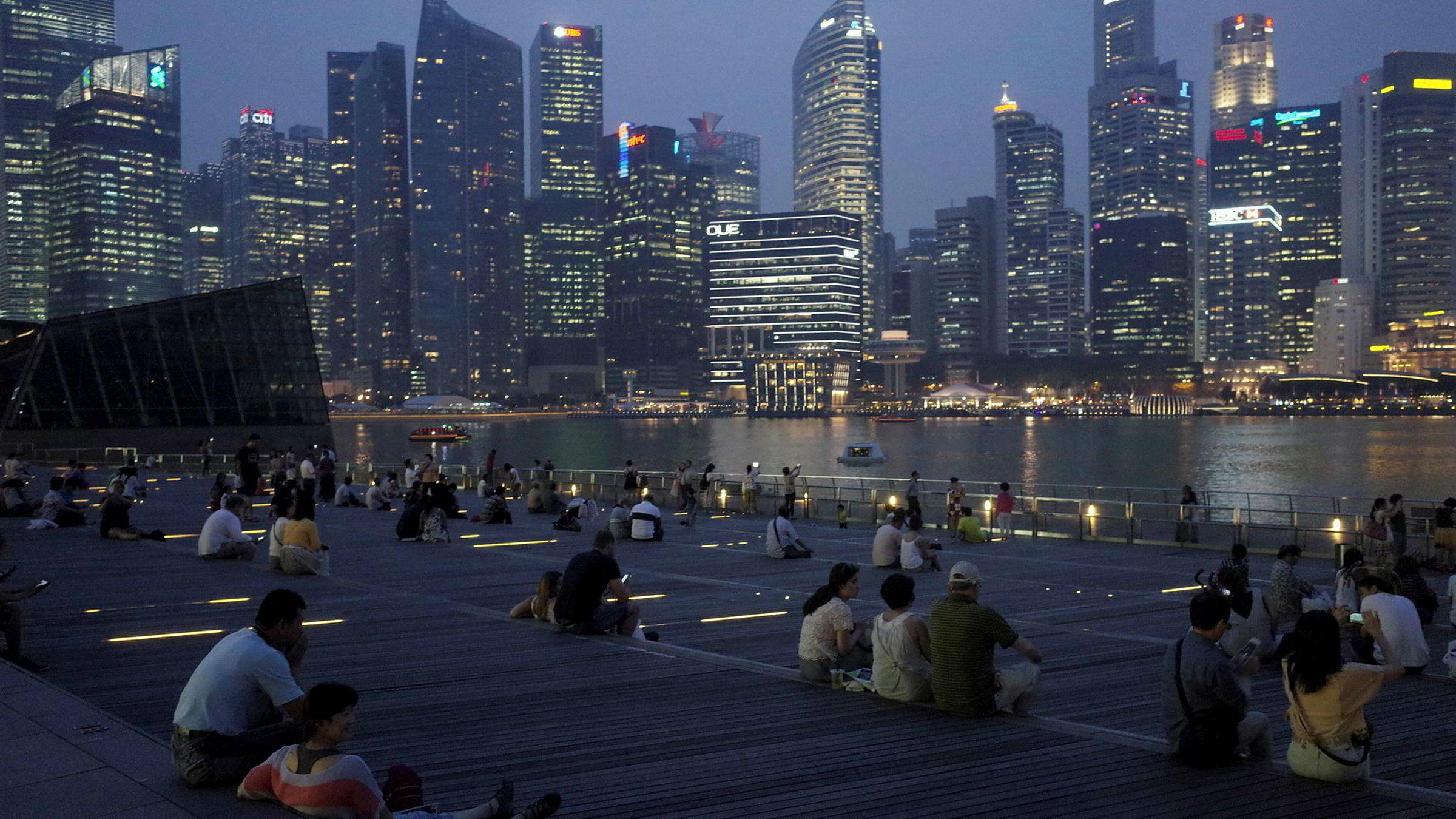 Singapore har innført restriksjoner for å få ned boligprisene for å unngå boligboble.