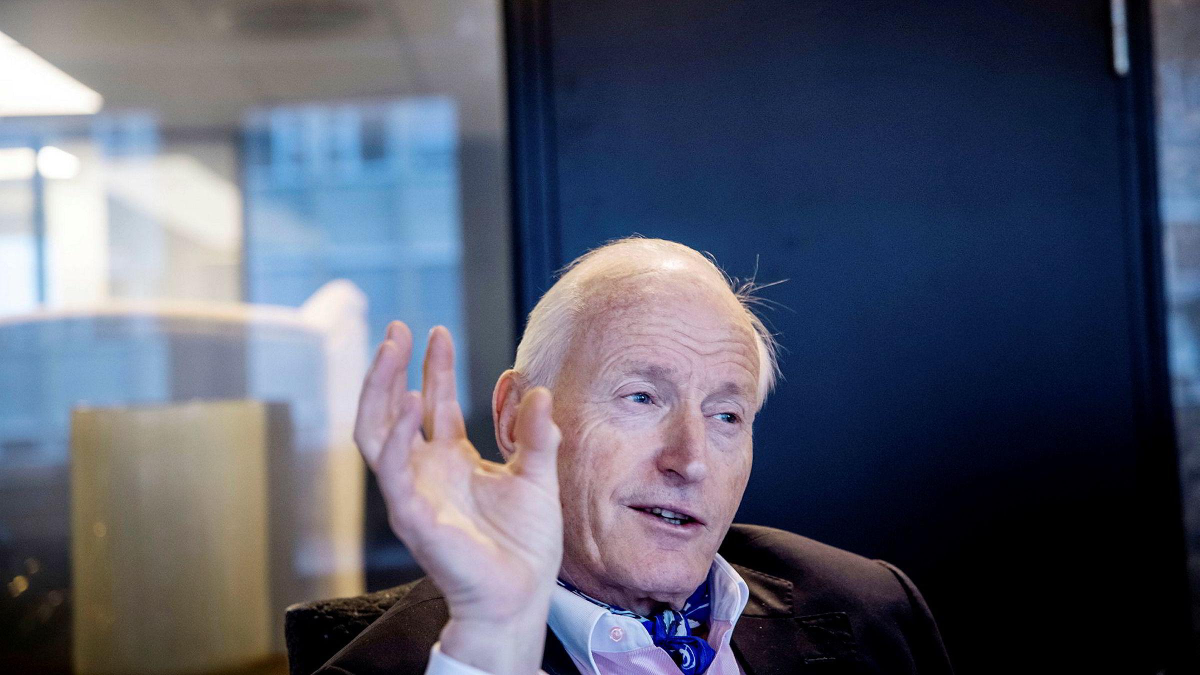 Milliardær Christian Ringnes mener koronakrisen er ledsaget av et gedigent pr- og markedsføringsapparat.