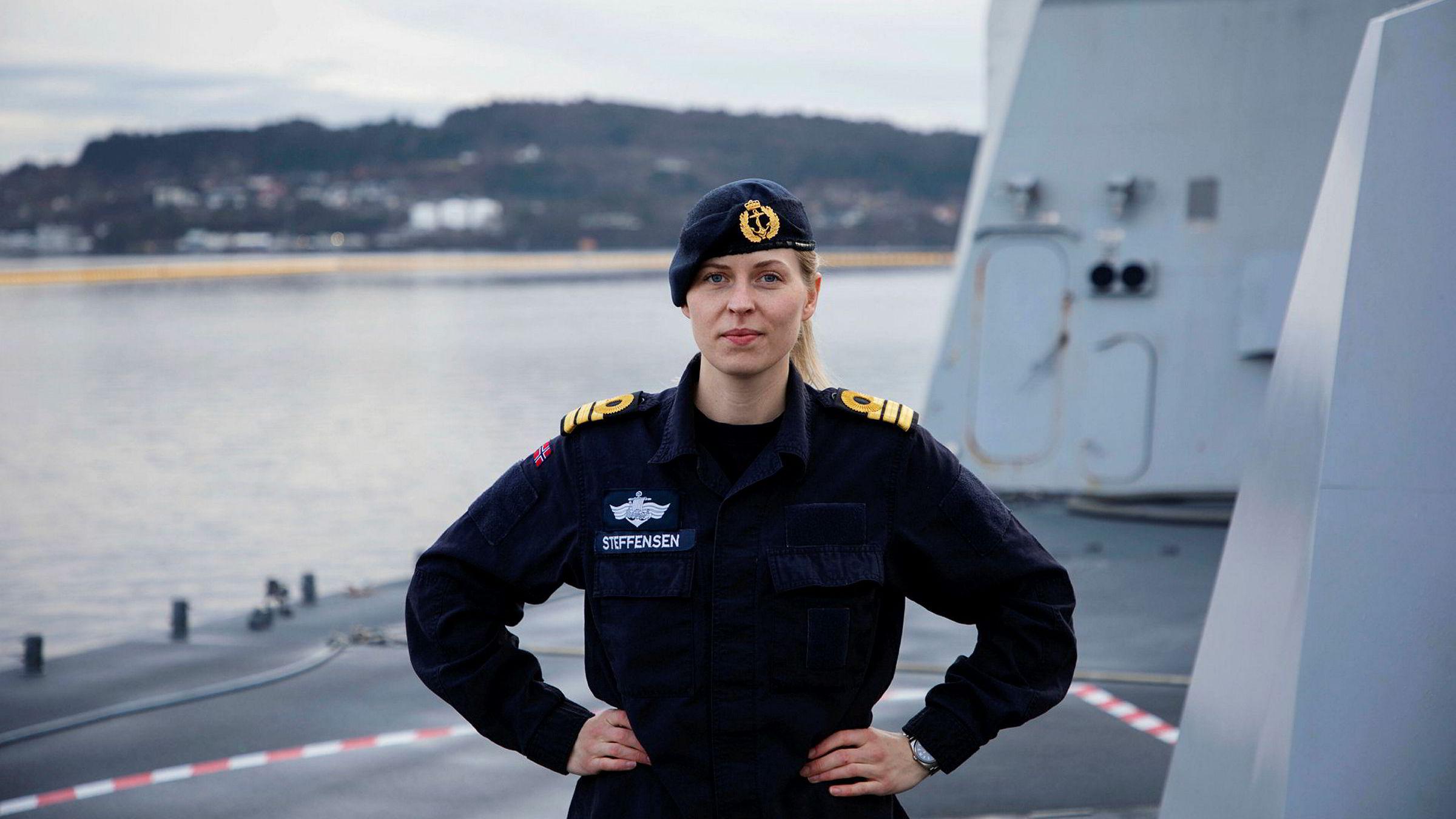 Hva er Forsvaret uten alle menneskene? Ingenting, fantastiske ingenting, skriver sjøoffiser Silje T. Steffensen, her om bord på KNM Thor Heyerdahl.