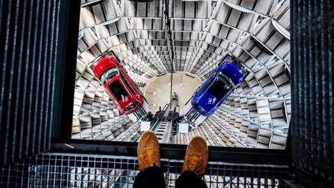 Den tyske miljøorganisasjonen Deutsche Umwelthilfe har igangsatt søksmål i ti tyske byer, med krav om å forby Volkswagens dieselbiler med en viss motortype, EA 189.