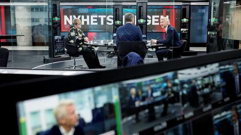 TV 2 Nyhetskanalen er en av kanalene som Get-kundene har mistet etter bruddet i forhandlingene. På bildet er daværende kulturminister Trine Skei Grande, TV 2-sjef Olav T. Sandnes og programleder Sturla Dyregrov.