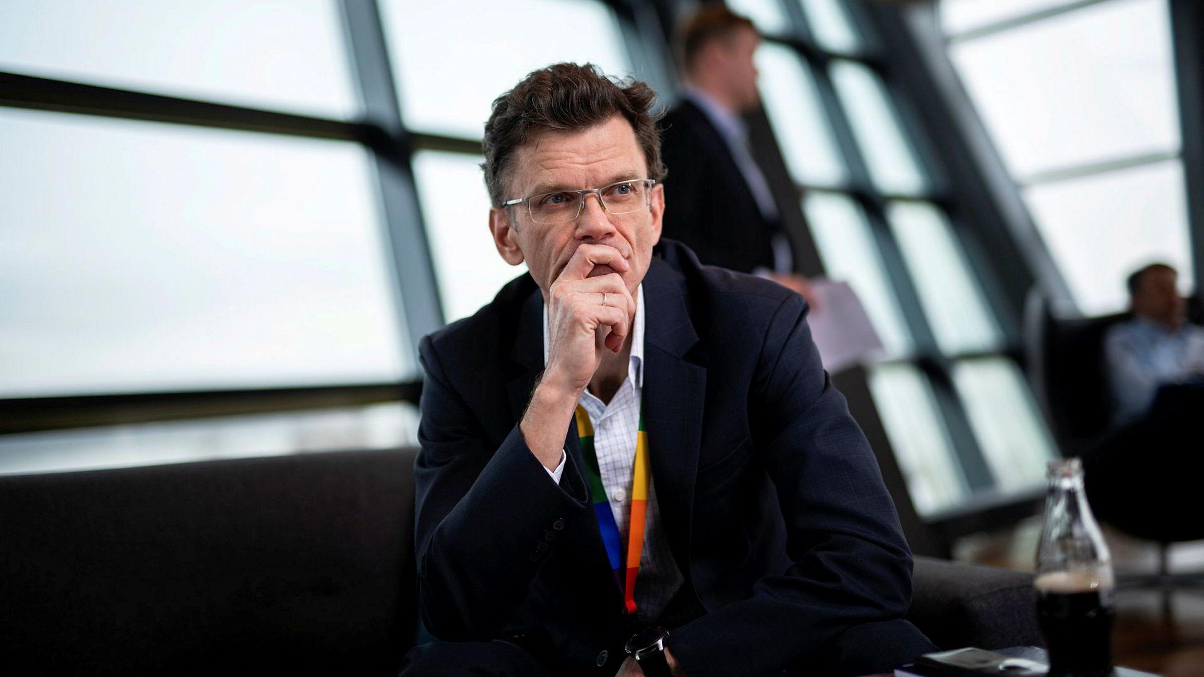 Administrerende direktør Petter-Børre Furberg i Telenor Norge trekker nok en gang Telia for retten.