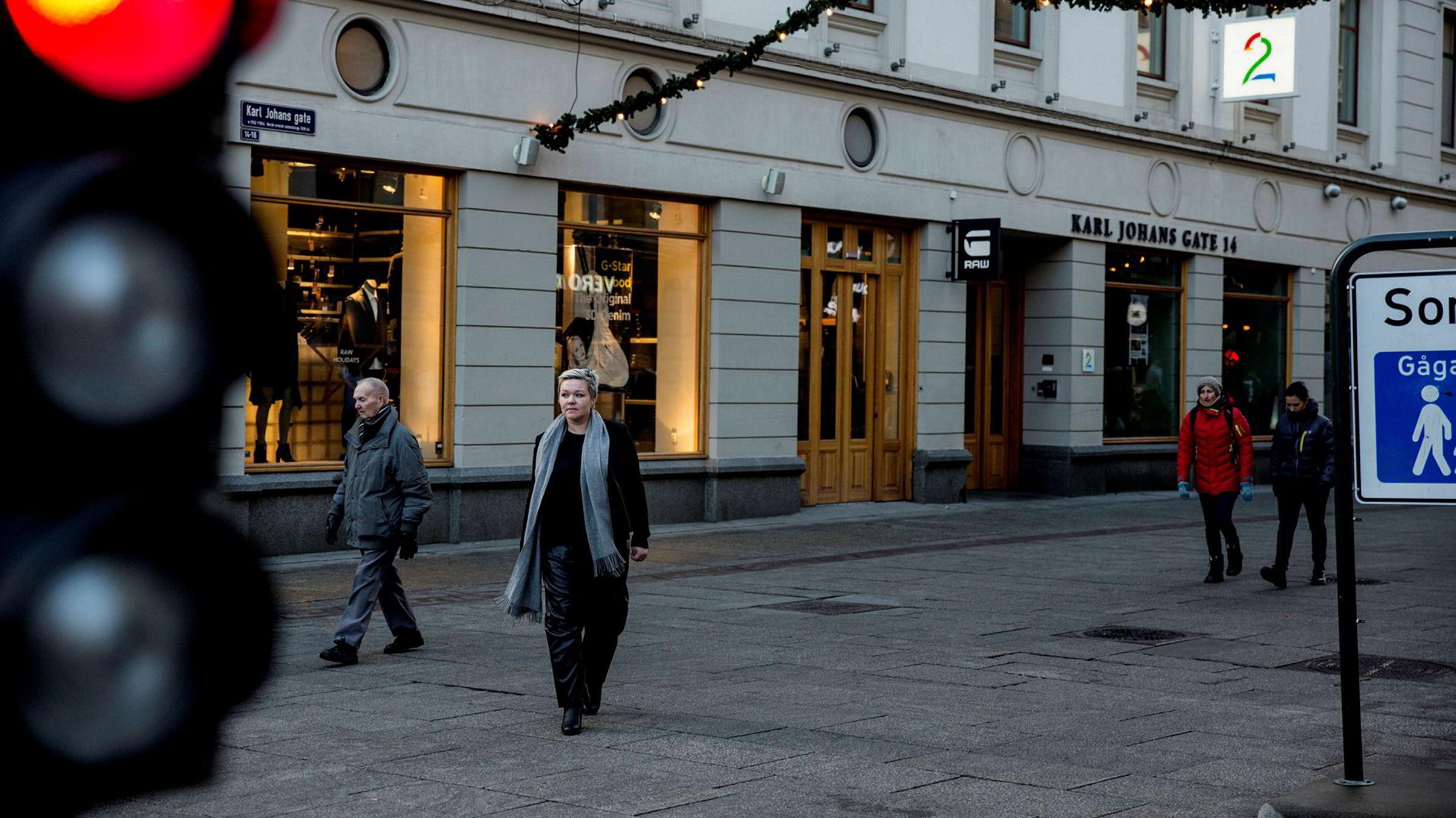 Klubbleder Henrikke Helland i TV 2 sier de ansatte i kanalen opplever spørsmålsskjemaene fra ledelsen som tøffe.