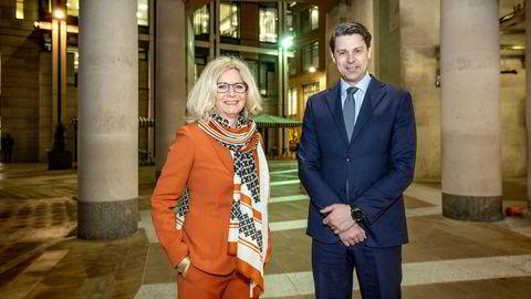 – Vi har levert et knallsterkt 2019, og 2020 blir bare enda mer spennende, sier Kristin Færøvik, sjef i Lundin Norway. Her er hun i London sammen med letedirektør Per Øyvind Seljebotn