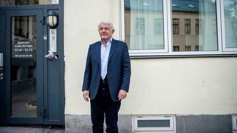 Investor Egil Stenshagen har i en årrekke vært blant de største eierne i Norwegian – og ber om at alle aktører bidra til en løsning så selskapet overlever. Han holder muligheten åpen for å bidra med mer penger selv.